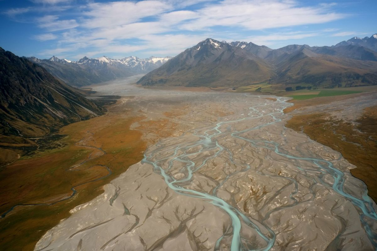 Braided river, NZ.jpg