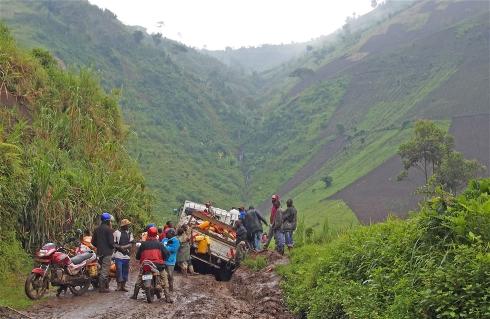 impassable road DRC.jpg